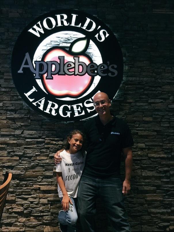 Sadie Rae & Mr. #FoodieChats